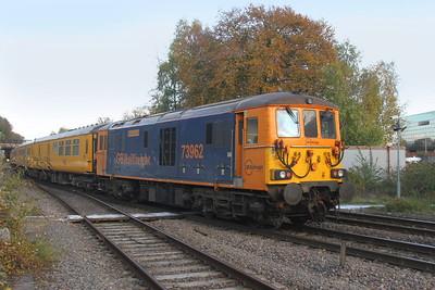 73962 Basingstoke 31/10/18 1Q66 Woking to Woking with 73961