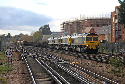 66509 Basingstoke 26/10/18 6X27 Eastleigh East Yard to Hinksey Yard with 66420, 66555 and 66553. The train had failed shortly after leaving Eastleigh and 66509 ran from Southampton Maritime to rescue it.