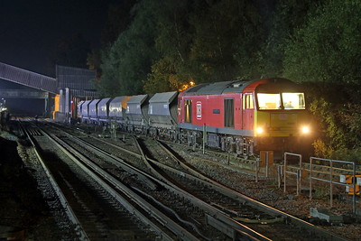 60062 Botley 19/10/18 unloading 7O44 which had arrived from Merehead