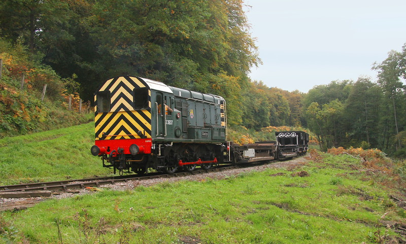 08769 Norchard 11/10/18 pushing its engineers wagons through the Forest of Dean towards Whitecroft ready for some forthcoming track renewal