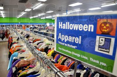 MET 100818 Halloween Goodwill 1