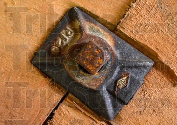 MET 092518 Square Bolt