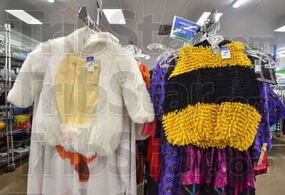 MET 100818 Halloween Goodwill 2
