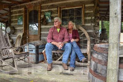 MET 092518 Wilson Cabin Porch