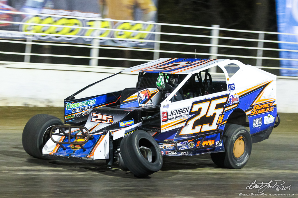 Camping World 150 - NAPA Auto Parts Super DIRT Week XLVII - Oswego Speedway - 25h Bobby Harrington