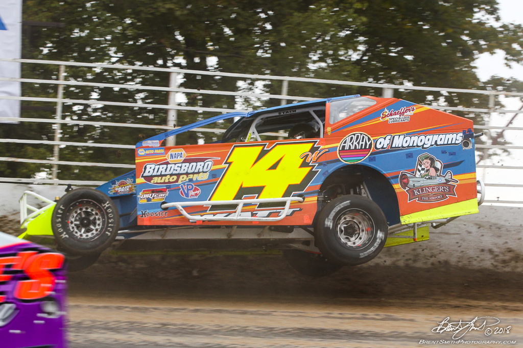 Billy Whittaker Cars 200 - NAPA Auto Parts Super DIRT Week XLVII - Oswego Speedway
