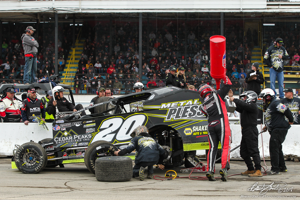 Billy Whittaker Cars 200 - NAPA Auto Parts Super DIRT Week XLVII - Oswego Speedway - 20 Brett Hearn
