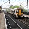 387114 0550/2P00 Kings Cross-Peterborough passes Welwyn North