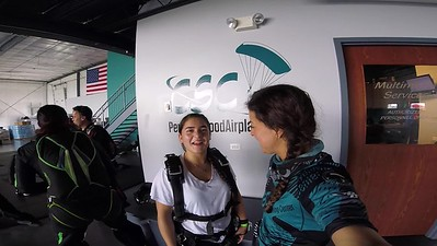 1345 Kayla Rangel-Tackett Skydive at Chicagoland Skydiving Center 20180902 Amy Amy