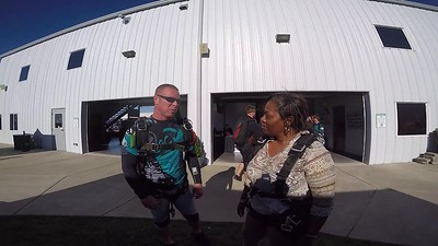 1727 Yolanda Owens Skydive at Chicagoland Skydiving Center 20180909 John Klash