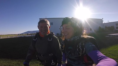 0932 Casper Manheim Skydive at Chicagoland Skydiving Center 20180922 Amy Amy