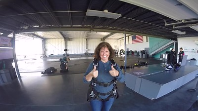 1143 Marianne Leonard Skydive at Chicagoland Skydiving Center 20180924 Cody Cody