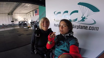 1422 Heather Bonnell Skydive at Chicagoland Skydiving Center 20180927 Amy Amy