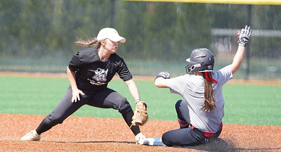 Softball vs. Lees-McRae