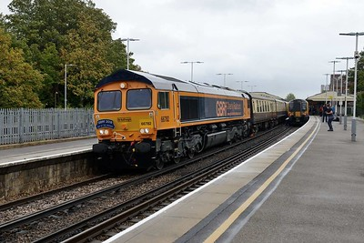 20 September 2018 :: With a 'GBRf 2018 Out Of The Ordinary' headboard 66782 leads 1Z10 from Victoria to Port Talbot through Basingstoke