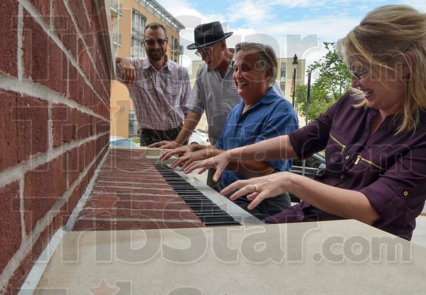 MET 090618 Piano Group 1