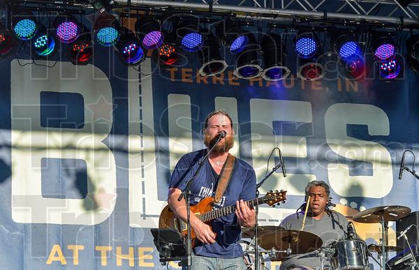 MET 091418 Max Allen Band