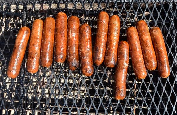 MET 091418 Hot Dogs