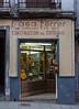 Another guitar shop, Cuesta de Gomérez