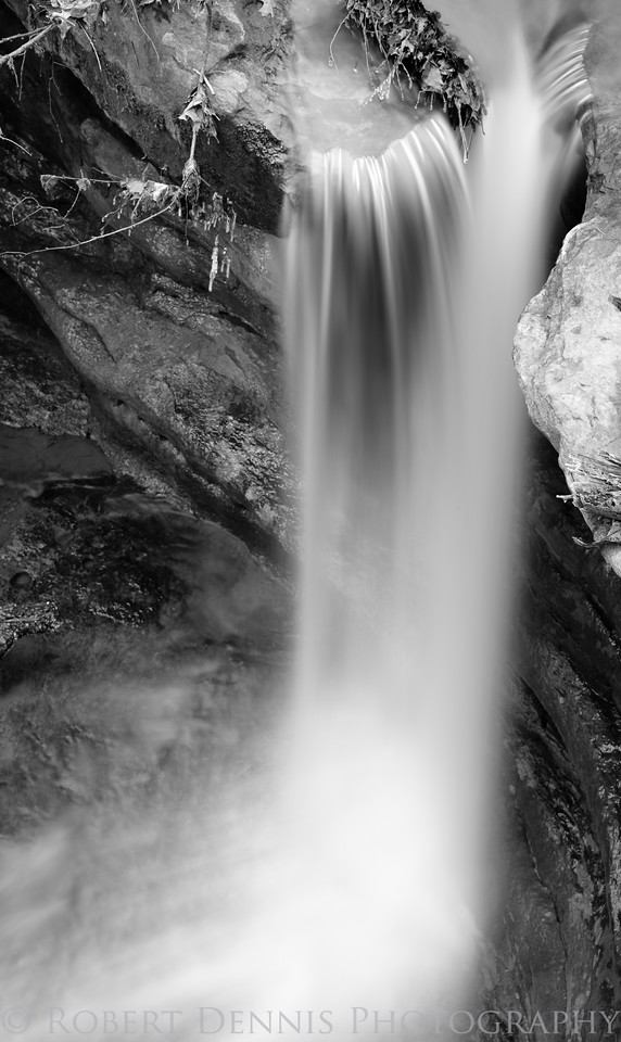 Starved Rock waterfalls