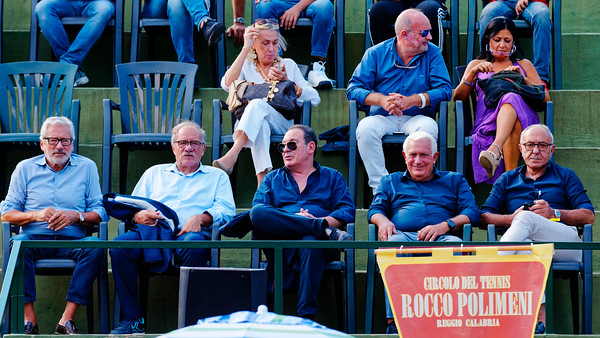 01.04 Watching a great match - Tennis Europe Junior Masters 2018