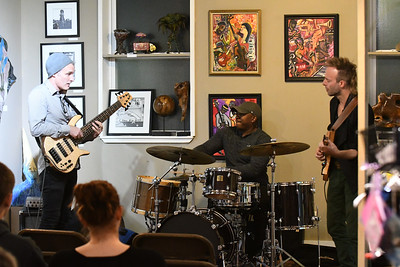 CSN_2675_tony grey trio