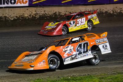 Kyle Bronson (40B) and Tim McCreadie (39)