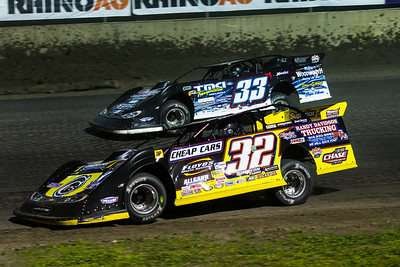 Chris Simpson (32) and Tim Manville (33)