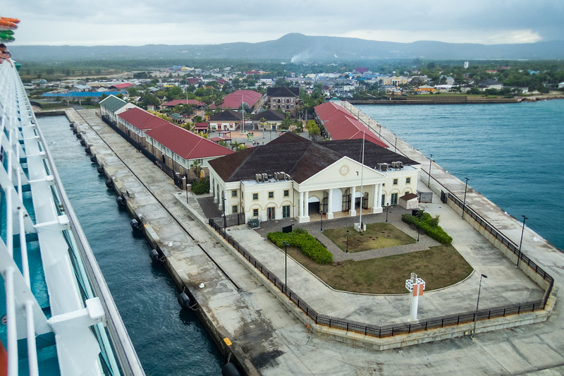 2018-04-19 Cruise D5  Jamaica Olympus 65