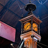 Clock in Mercado del la Puerto -
