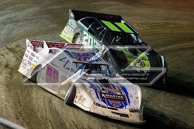 Boom Briggs (99B) and Jimmy Owens (20)