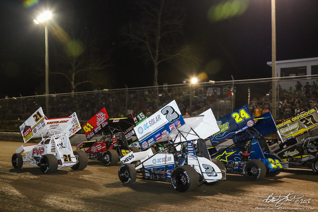 DIRTcar Nationals - World of Outlaws Craftsman Sprint Car Series - Volusia Speedway Park - 4 wide salute