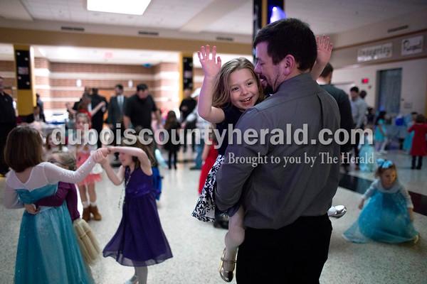 180106_Daddy_Daughter_Dance06_MS.JPG