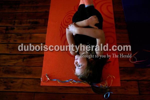 180114_Mommy_Me_Yoga05_MS.JPG