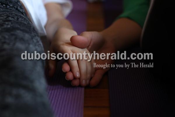 180114_Mommy_Me_Yoga08_MS.JPG