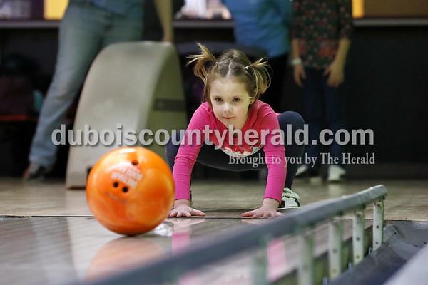 180118_BowlingFeature04_BL.jpg