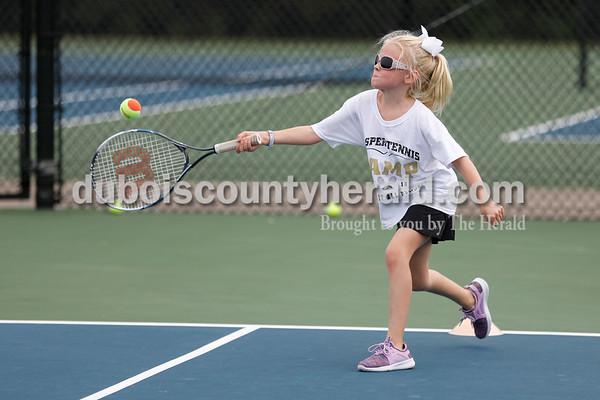 180809_tennis02_SJ.jpg