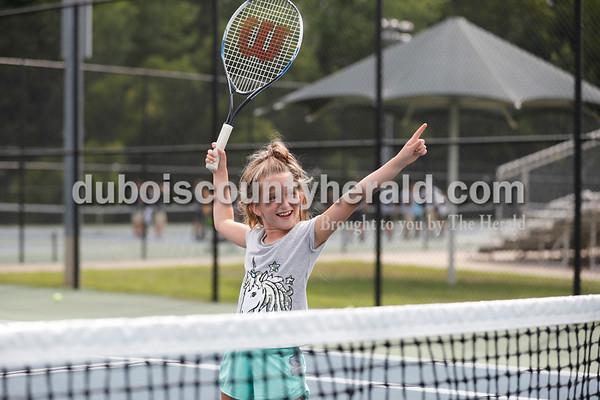180809_tennis01_SJ.jpg
