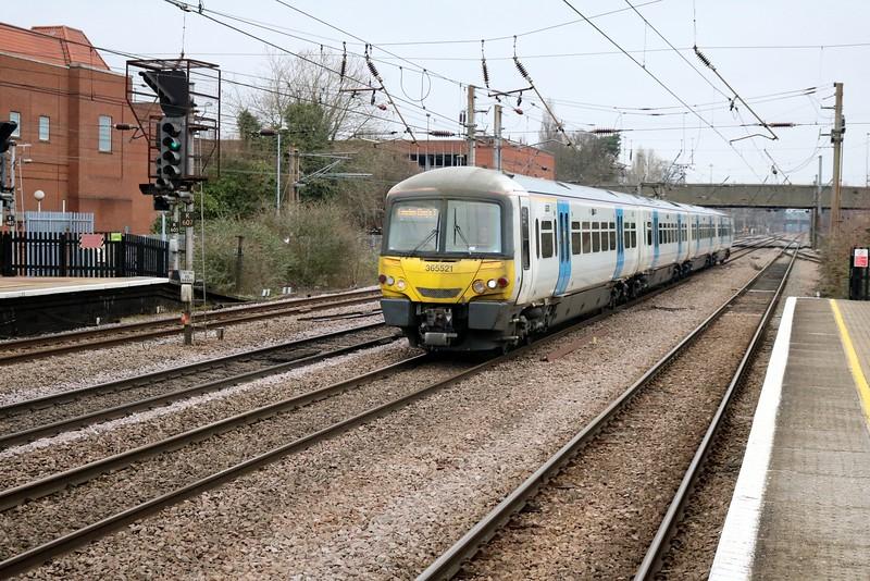 365521 1000/1P11 Peterborough-Kings Cross