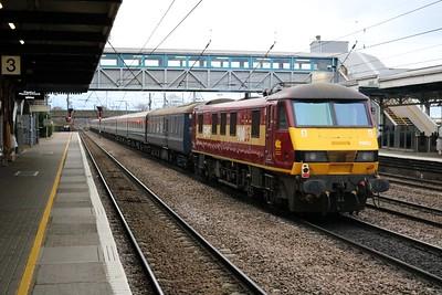 90040 tnt 90035 1054/1z73 Kings Cross-Edinburgh Hogmany Charter