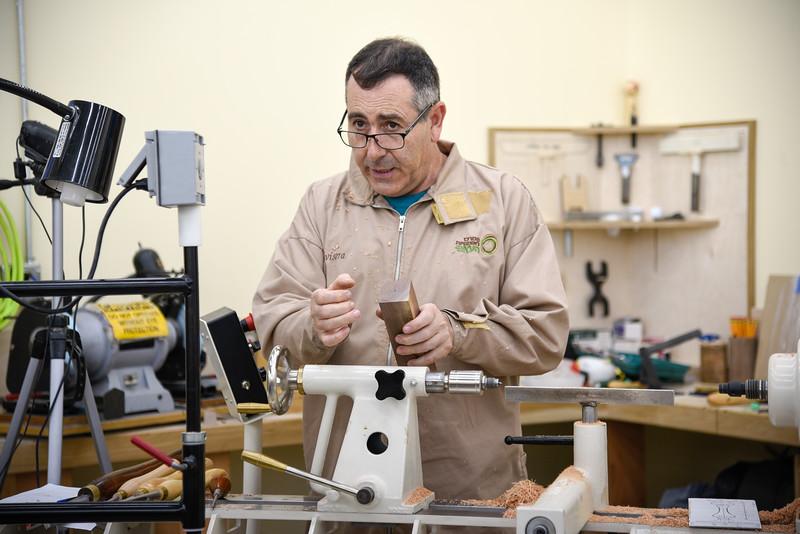 Woodturning Techniques with Eli Avisera