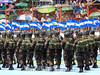 El Salvador : Desfile militar - Comandos de las fuerzas armadas salvadoreñas , efectivos policiales y reclutas de la Academia Nacional de Seguridad Pública , desfilan durante la conmemoración del 196 aniversario de la independencia patria / Military Parade - Commandos of the Salvadoran armed forces , police officers and recruits of the National Public Security Academy parade during the commemoration of the 196th anniversary of the independence of the motherland , which is celebrated every September 15 / El Salvador : Militärparade zum Gedenken an den 196. Jahrestag der Unabhängigkeit - Soldaten der salvadorianischen Streitkräfte - Polizei und Rekruten der Nationalen Akademie für Öffentliche Sicherheit © Antonio Herrera Palacios/LATINPHOTO.org