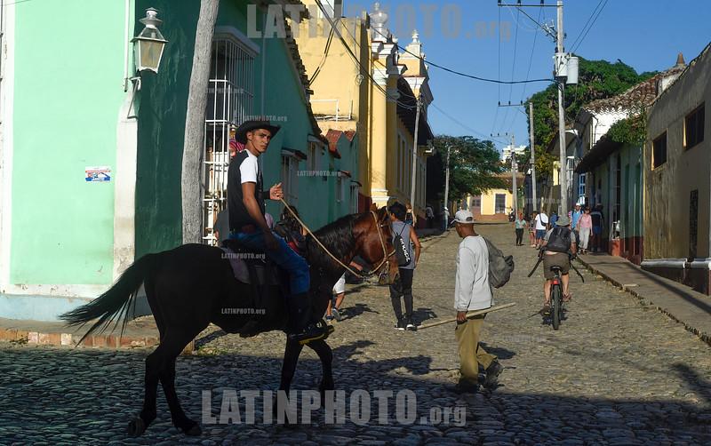 Cuba : Escenas en la ciudad de Trinidad - Dicha ciudad cuenta con 51994 habitantes y esta declarada como Patrimonio de la Humanidad por la UNESCO / city of Trinidad - Trinidad has 51994 inhabitants and is declared a World Heritage Site by UNESCO / Kuba : Trinidad © Ignacio Amiconi/LATINPHOTO.org