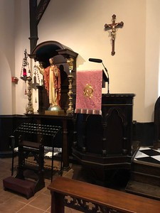 Pulpit and Sacred Heart Shrine Lent IV