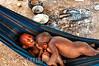 Colombia : La etnia Nukak son una de las 87 tribus que existen en Colombia , pero la ultima nomada del país , habitan en el departamento del Guaviare / The Nukak are one of the 87 indigenous tribes in Colombia and the last nomads in the country - The Nukak live in the department of Guaviare - The Nukak ( Nukak - Makú ) live between the Guaviare and Inírida rivers , in the depths of the tropical humid forest , on the fringe of the Amazon basin / Kolumbien : Die Nukak sind ein indigenes Volk im kolumbianischen Teil des Amazonasbeckens zwischen den Flüssen Guaviare und Inírida. Sie gehören zu einer der sechs Gruppen , die zusammen das indigene Volk der Maku bilden und wurden erst 1988 entdeckt - Nomaden © Ronnie Palleiro/LATINPHOTO.org