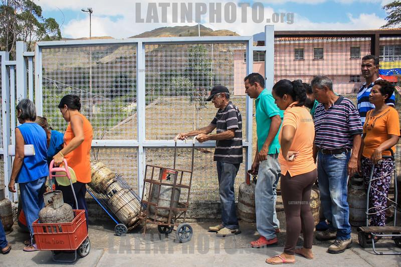 Venezuela : Despacho de gas en Carabobo © Cabrera
