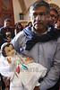 Mexico : persona llevando a bendecir a su niño dios el 2 de marzo en el festejo de la candelaria / a man leading to bless their child god on March 2 at the candelaria celebration / Mexiko : Kirche Iglecia de Coatepec in Ixtapaluca © Octavio Torres Tapia/LATINPHOTO.org