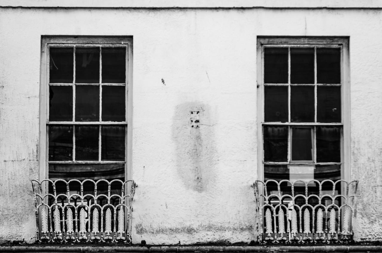 Bare Windows