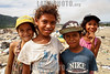 Venezuela : El vertedero La Paraguita, ubicado en Moron (Municipio Juan Jose Mora del Estado Carabobo), es una zona donde familias van a recoger materiales y comida entre los desperdicios / La Paraguita is a landfill located at Moron (Municipality of Juan Jose Mora, Carabobo State), on its area entire families spend the day collecting materials and food from garbage / Venezuela : Die Deponie La Paraguita in Moron ( Gemeinde Juan Jose Mora im Bundesstaat Carabobo ) ist ein Gebiet , in dem Familien Material und Lebensmittel sammeln - Kinder - Armut - Recycling - Mülldeponie - Abfallhalde - Abfalldeponie - Deponie - Armut © Luis Cabrera/LATINPHOTO.org