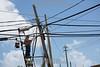 Puerto Rico - San Juan : daños por tormenta causados por el huracán María en Puerto Rico 2017 / A workers repairs damaged power lines 6 months after hurricane Maria / Puerto Rico : Sturmschäden verursacht durch den Hurrikan Maria in Puerto Rico © Rob Zambrano/LATINPHOTO.org